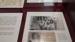 Foto de pasaporte y recuerdo de la visita a Atenas (1933).