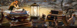 Två högar med böcker. En katt kastar sig fram mot en mus i skenet från en ljuslykta.