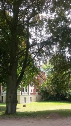 Die Villa mit Park