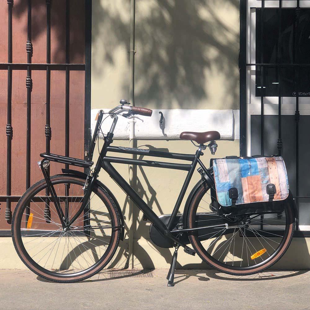Alforjas bicicleta Classic – Madera flotante (negro, verde, azul, marrón) – Beck_2