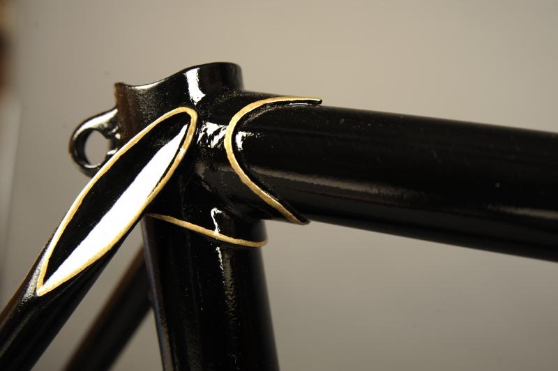 Restauracion pintura cuadro fileteado tirantes bicicleta carretera antigua clasica carreras