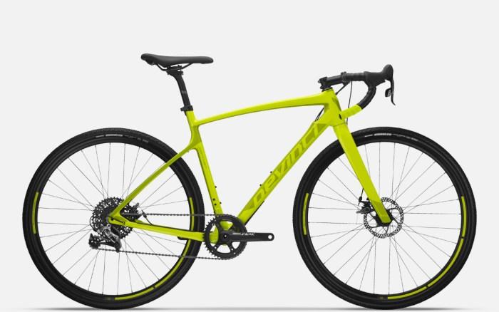 Gravel bike Devinci Carbon Rival (devinci.com)