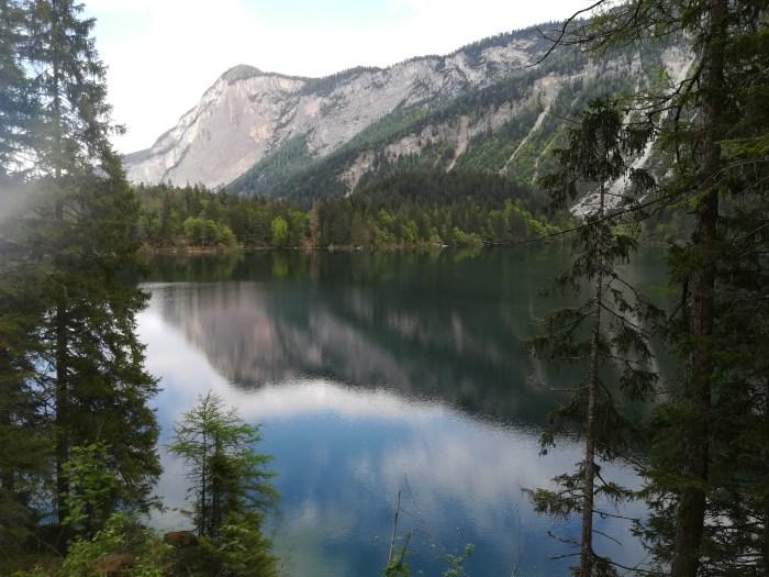 Ecco come si presenta oggi il Lago di Tovel (foto RT)