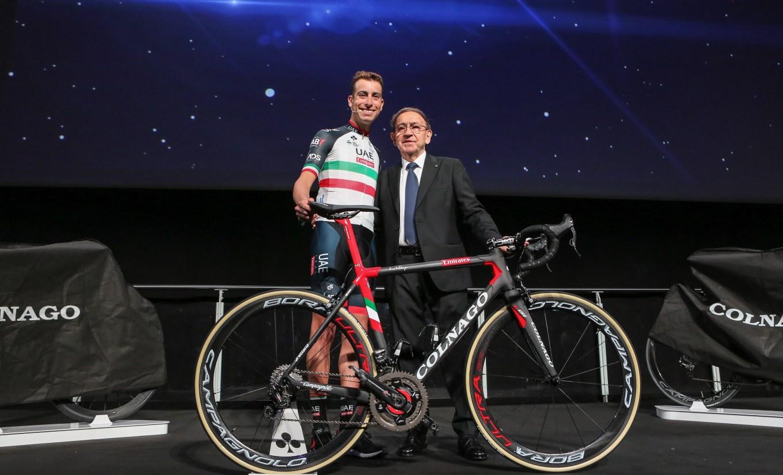Presentazione bicicletta Colnago C64