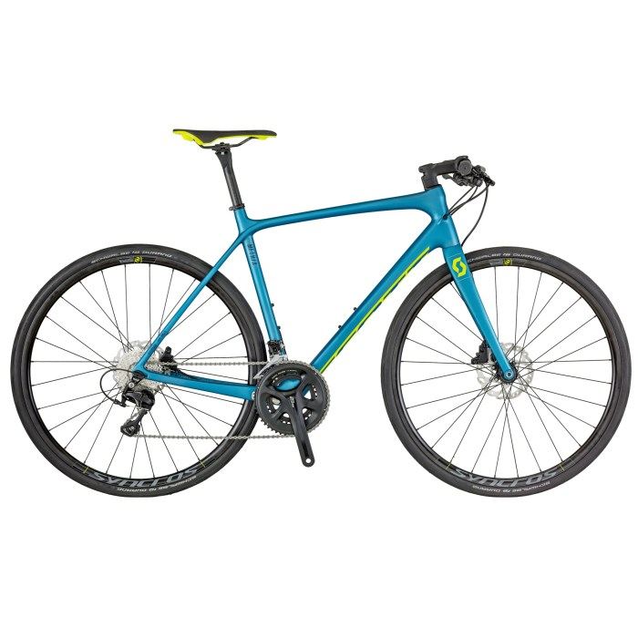 Scott Metrix 10 Disc: bici da strada con telaio in carbonio, gruppo meccanico Shimano 105 (50/34T, 11-32 denti), peso 8,62 kg (scott-sports.com)