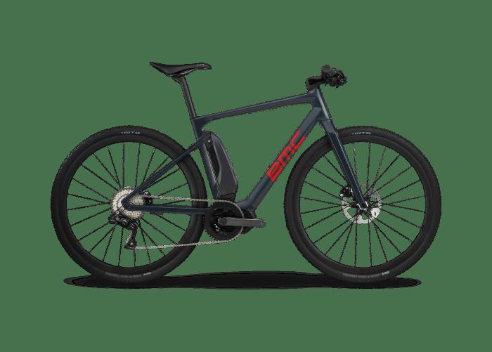 BMC Alpenchallenge AMP Cross Ltd, gravel bike elettrica con motore Shimano Steps E-8000, gruppo Shimano XT Di2, gomme WTB Nano da 40 mm e peso di 15,1 kg (bmc-switzerland.com)