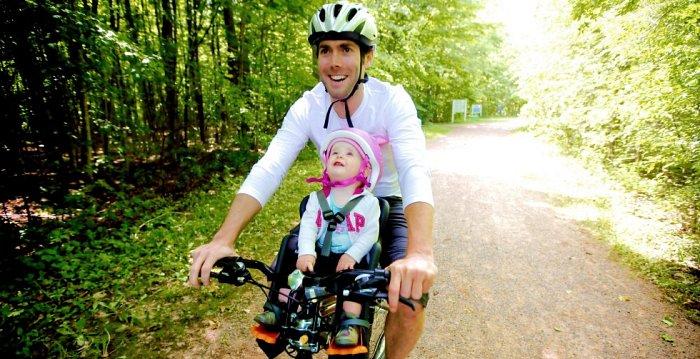 Diferentes sillitas para llevar a los nios en la bici