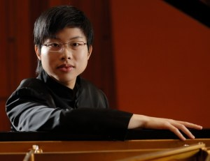 Internationally Celebrated Concert Pianist Avan Yu