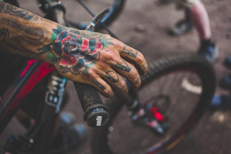 Andreu's knuckles tattoo says it all - Love Dirt.