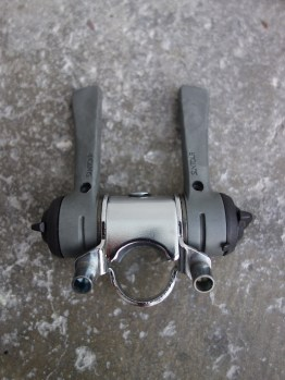 NOS Suntour Accushift 6 speed indexed shifters with stem mount
