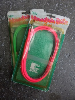 Casiraghi MTB neon brake cable sets