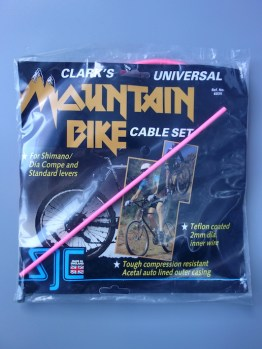 Clark's Universal MTB cable set – Neon pink