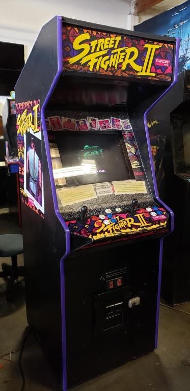 """STREET FIGHTER II WORLD WARRIOR 19"""" ARCADE GAME"""