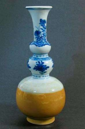 Fine Chinese Cafe-au-lait Triple Gourd vase, 18th C.