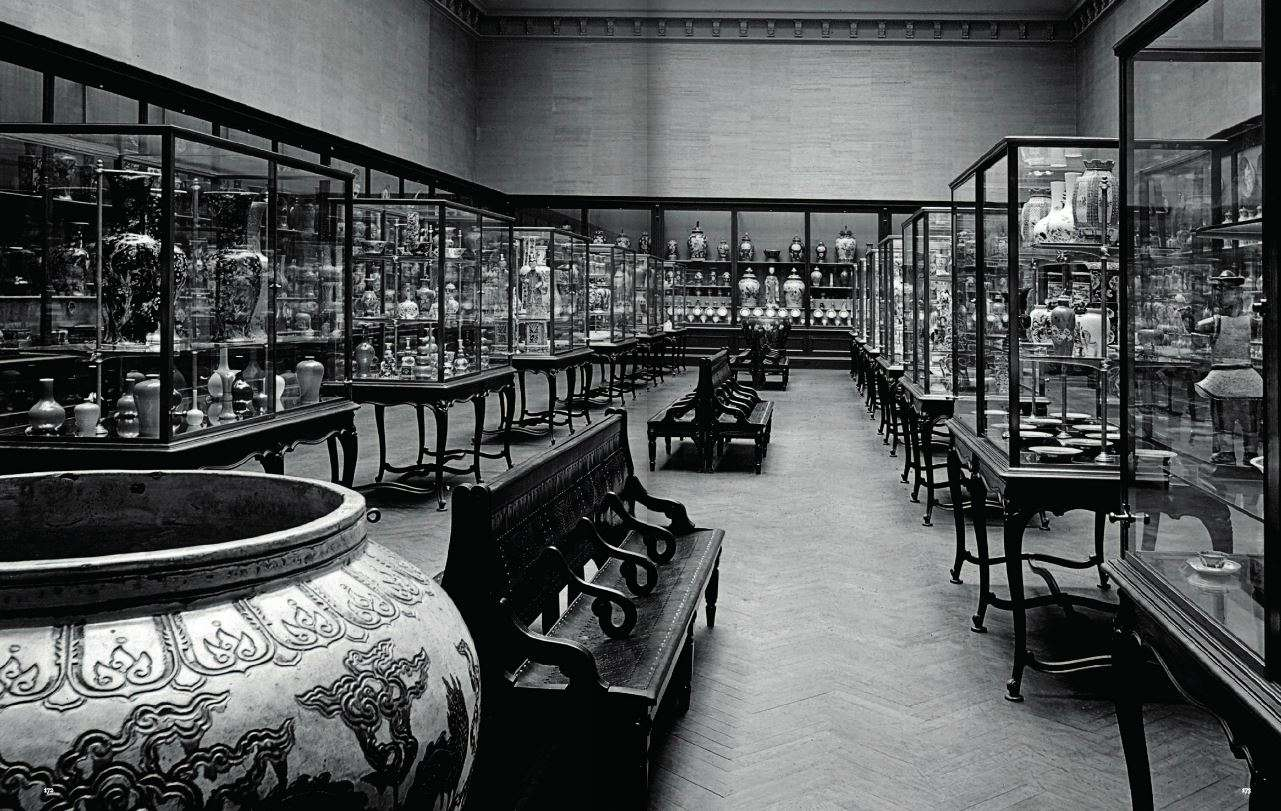 The Metropolitan Museum Chinese Department, Circa 1900