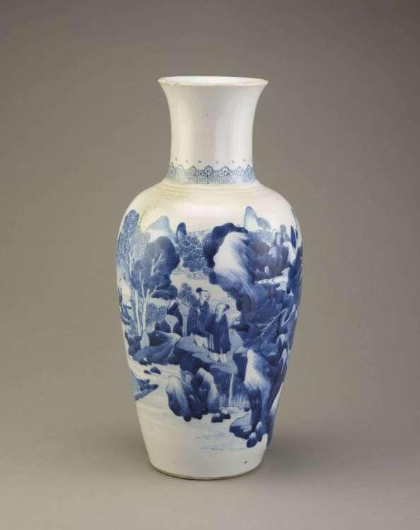 Kangxi porcelain vase