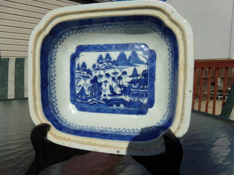 Canton export blue and white