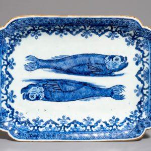 Un plat de hareng bleu et blanc chinois pour le marché hollandais