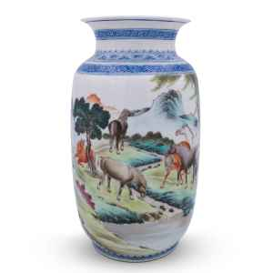Chinese Famille Rose Porcelain Vase Depicting Eight Horses of Wang Mu. Chinese Republic Period Eggshell Porcelain.