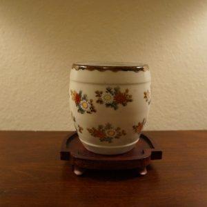 Antique Japanese Kutani-yaki Porcelain Vase 19C