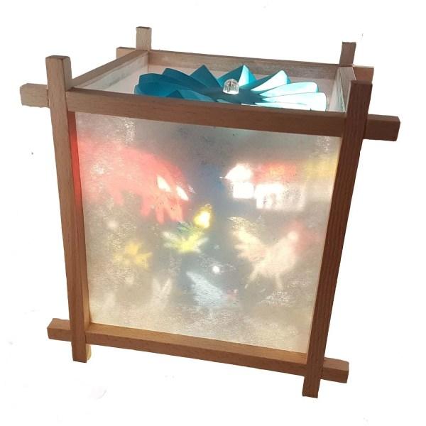 Lanterne Magique Artisanale en bois avec un décor de la ferme