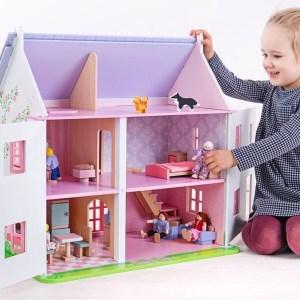 Maison de poupées rose