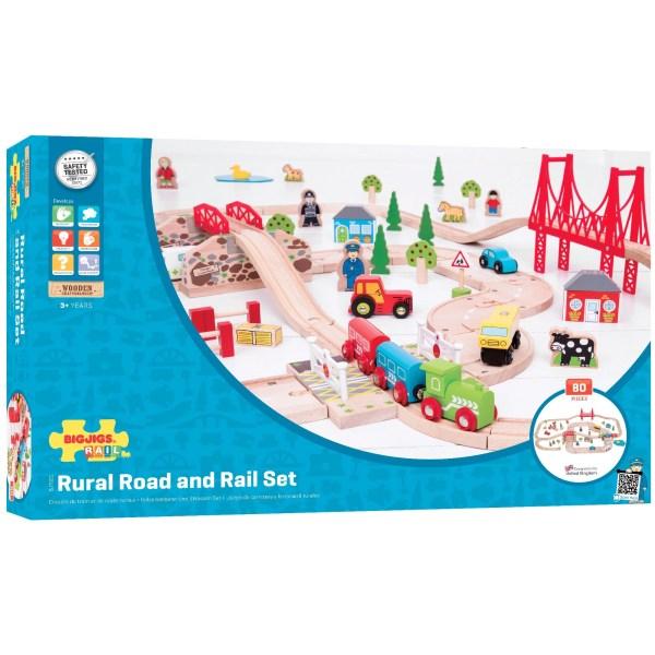 Le circuit en bois route et rail a de nombreux accessoires.