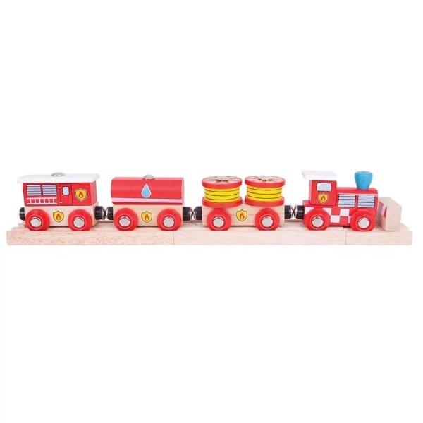 Le train en bois pompiers magnétique est composé d'une locomotive et de 3 wagons.