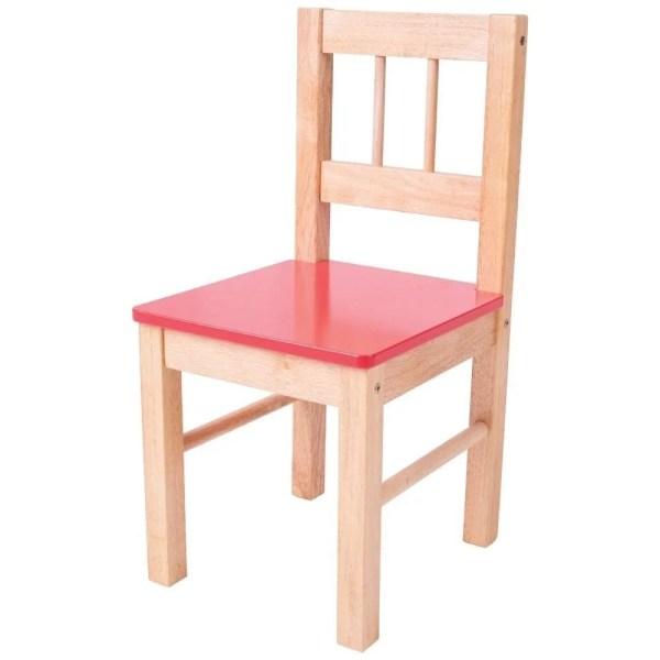 La chaise en bois pour enfant existe avec une assise rose.