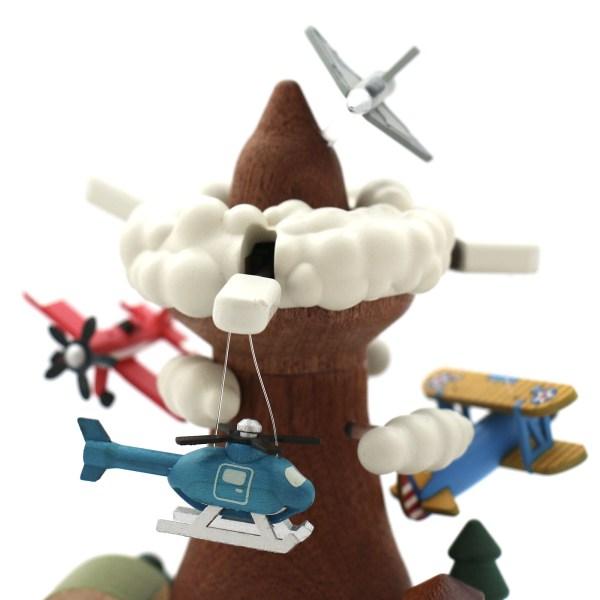 boite à musique avion à hélice avec nuages, hélicoptère, divers avions