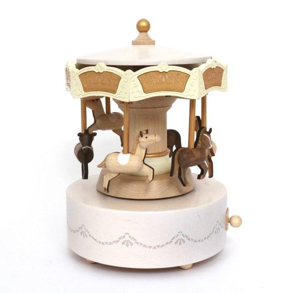 Boîte à musique Carrousel avec des chevaux de couleur bois