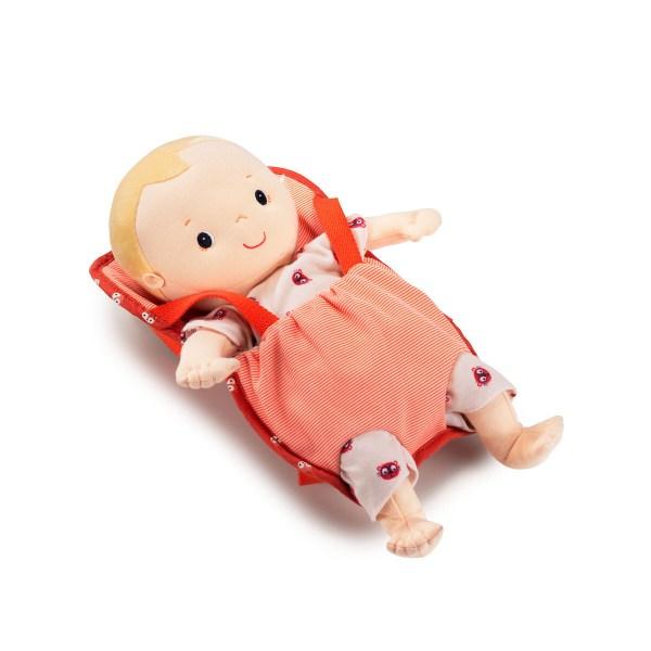 Ce porte bébé est l'accessoire de poupée indispensable pour promener sa poupée ou son poupon d'environ 36 cm.