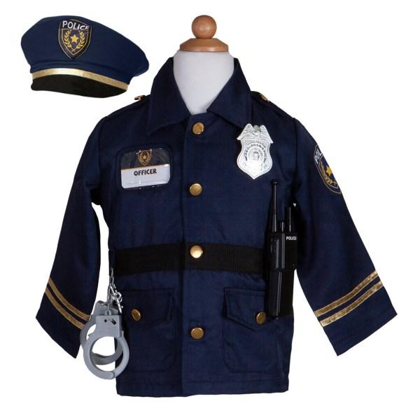 Déguisement de pompier avec une casquette, des menottes, un talkie-walkie et un badge sur la veste