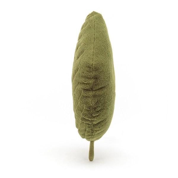 Les détails de chaque feuille étant très soignés, la peluche Feuille peut aussi servir d'objet de décoration..