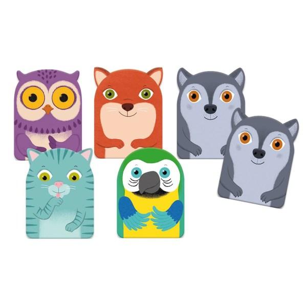 différentes cartes du jeu Little Family avec hibou violet renard orange chat bleuté perroquet et deux cartes loup gris