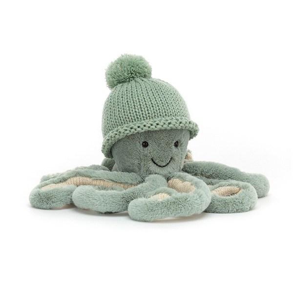 Disponible en rose Odell ou bleu Odyssey, Cozi Octopus est vraiment trop mignon dans ses deux costumes ! Il ne quitte jamais son bonnet de laine et est toujours prêt à partir en promenade Son joli sourire et ses yeux noirs malicieux vous invite à devenir son meilleur copain !