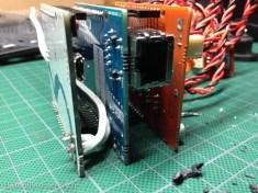 Le port d'alimentation de l'Arduino a été déssoudé et remplacé par un cable en prise directe
