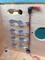 Le LEDs tiennent en place grâce au câble de masse