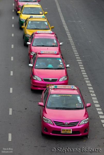 taxi-row-bangkok