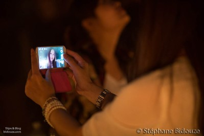 self-portrait-woman-smartphone