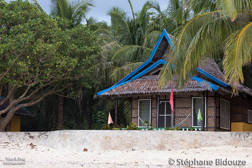sandugan-resort-baungalow-beach