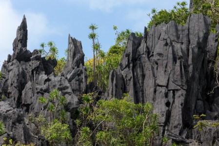 limestone-rock-palawan-el-nido