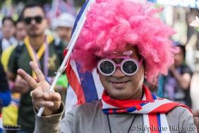 rose-perruque-thailande-bangkok-manifestations
