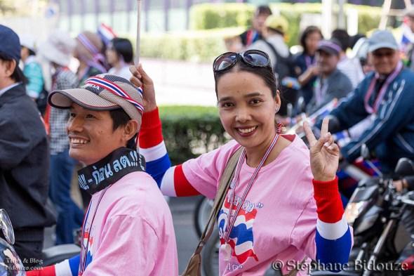 mobilette-bangkok-manifestant