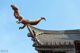 sculpture-bois-temple-pattaya-toit