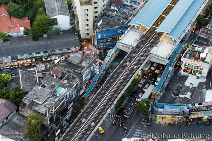 thong lo-bts-bangkok-station