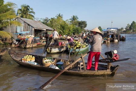 Phong-Dien-floating-market
