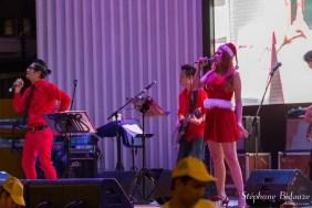 bangkok-noel-scène-chanteuse-