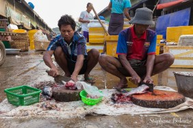 fish-market-mandalay-cutting-street