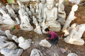 statue-sculpture-pierre-artisan-mandalay
